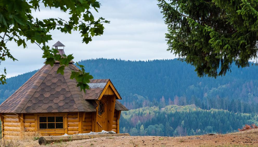 Grillkota mit Ausblick über den Harz