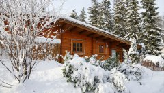 Das winterliche Blockhaus